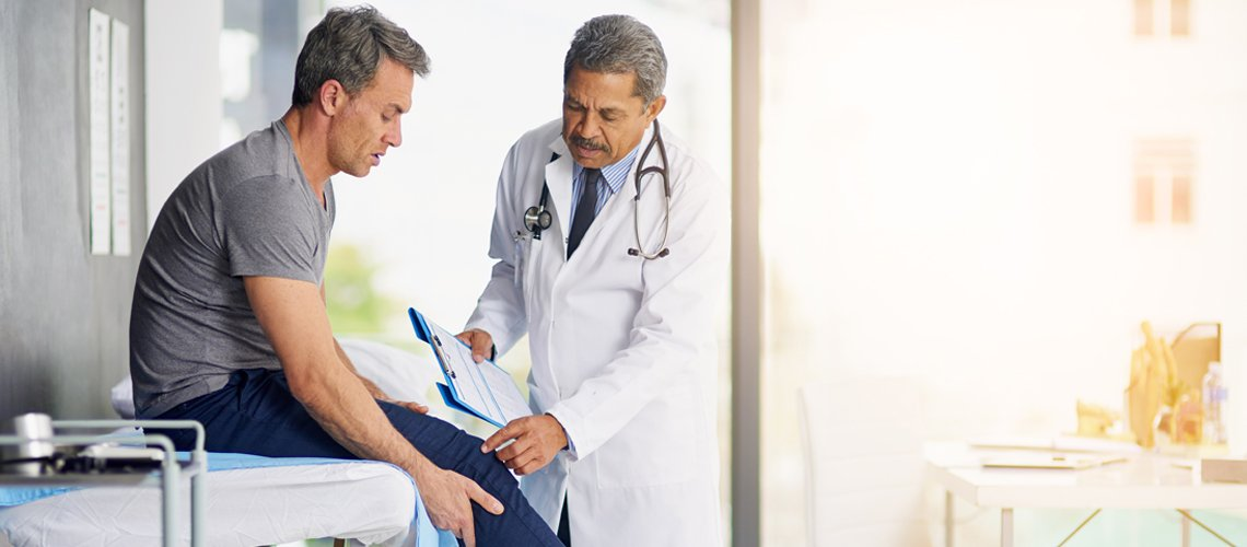 Urgent Car Doctor With Patient